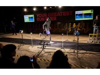 Atletas em teste ao vivo durante o evento em NY