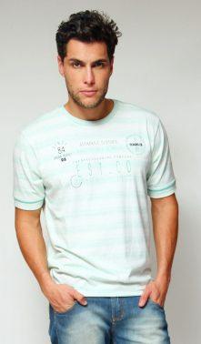 Camiseta em PET reciclado
