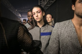 joao paulo guedes - backstage - dfb 2018 - osasco fashion (7)