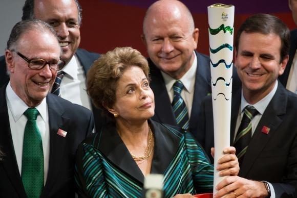 Governo e Organização apresentam a tocha olímpica que passará por Osasco.