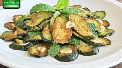 Рецепта за Пържени тиквички с босилек и чесън