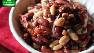 Рецепта за коледна боб салата с туршия