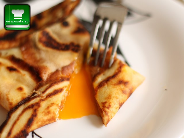 Рецепта за палачинки с рохко яйце и кашкавал