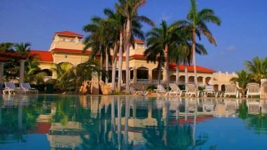 Куба - насладете се на благоприятния карибски климат, безкрайните плажове и паметниците на колониалната архитектура
