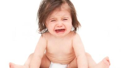 Как да успокоим бебето, когато плаче