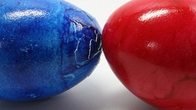 Боядисване на великденско яйце бияч