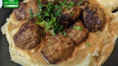 Рецепта за кюфтета по цариградски върху картофено пюре