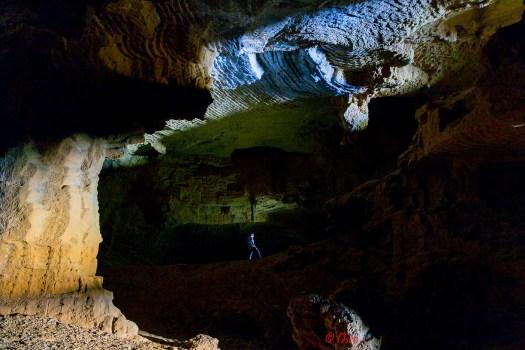 Cova Tallada, el interior, viaje a los colores