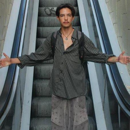 Hoku Donovan-Smith elevator