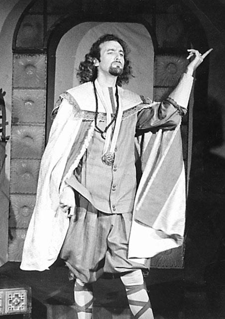Gayakar-1978-12th-Night,-India