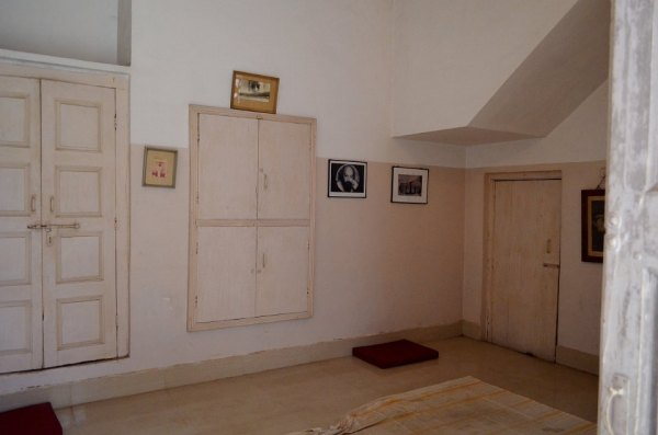 Osho's room in Gadarwada