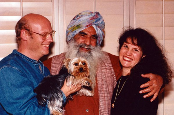 115 Lani with Sardar and friend