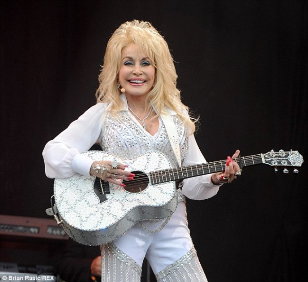dolly parton on guitar