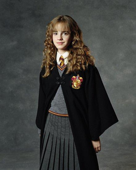 080 Chamber-of-Secrets-hermione-granger-3357489-1682-2100