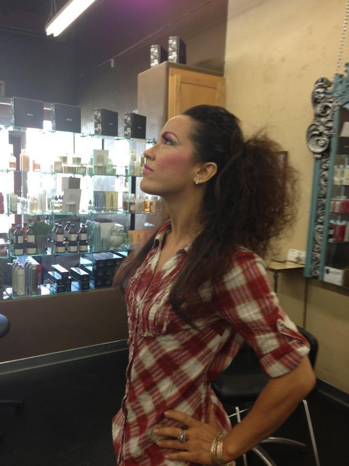 Behind the scenes of Oshun Wings Tras escena de las alas de oshun Creadora Directora Coreografa Bailarina dancer profesional makeup hair look Maritza Rosales 05
