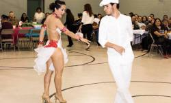 Show de Oshun Wings, Maritza Rosales, bailarina, Instructora, Coach, Coreografa profesional, bailes populares de salon, salsa, BoombAfro, Afrocubano, rumba, Elegua,