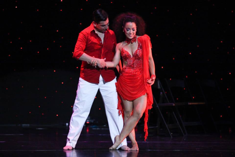 Maritza Rosales Bailarina Instructora Coreografa Profesional en Bailes Populares y de Salon Ritmos Cubanos y Latinos Rumba Mambo Salsa Merengue Cumbia 009