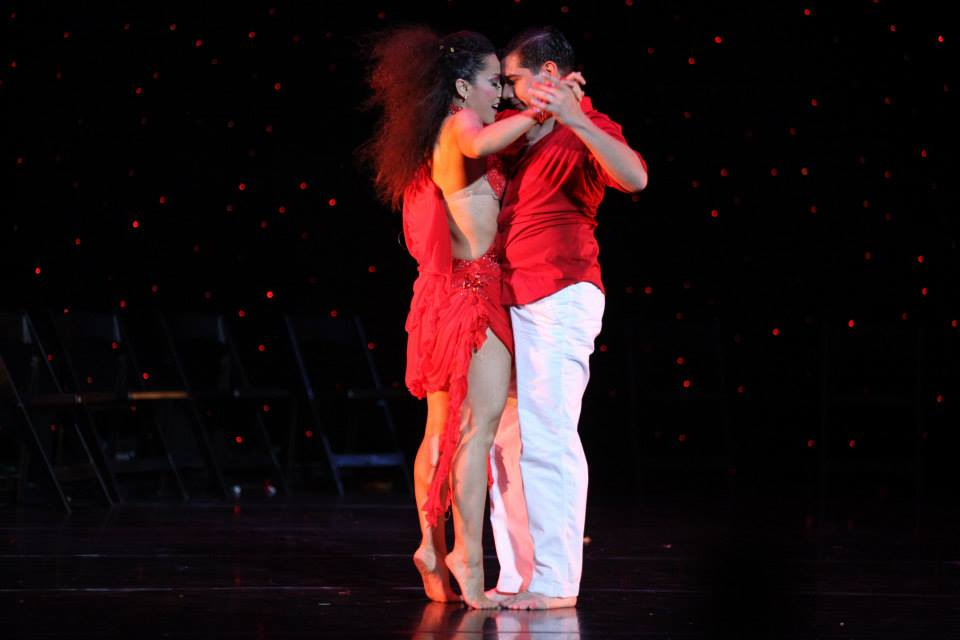 Maritza Rosales Bailarina Instructora Coreografa Profesional en Bailes Populares y de Salon Ritmos Cubanos y Latinos Rumba Mambo Salsa Merengue Cumbia 010