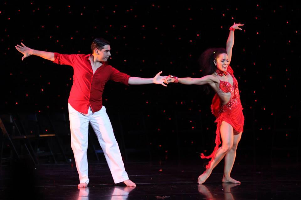 Maritza Rosales Bailarina Instructora Coreografa Profesional en Bailes Populares y de Salon Ritmos Cubanos y Latinos Rumba Mambo Salsa Merengue Cumbia 011