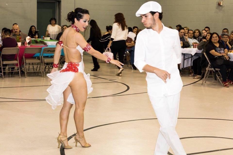 Maritza Rosales Bailarina Instructora Coreografa Profesional en Bailes Populares y de Salon Ritmos Cubanos y Latinos Rumba Mambo Salsa Merengue Cumbia 024