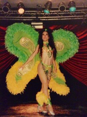 Maritza Rosales Bailarina Instructora Coreografa Profesional en Bailes Populares y de Salon Ritmos Cubanos y Latinos Rumba Mambo Salsa Merengue Cumbia 045