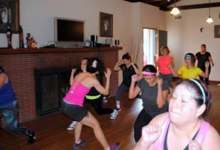 Boombafro Master Class por Maritza Rosales Bailarina Instructora Coreografa Creadora y Directora Profesional de este estilo de clase AfroCubano Latino Cardio Tonificacion Yoga Meditacion 025