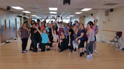 Boombafro Master Class por Maritza Rosales Bailarina Instructora Coreografa Creadora y Directora Profesional de este estilo de clase AfroCubano Latino Cardio Tonificacion Yoga Meditacion 036