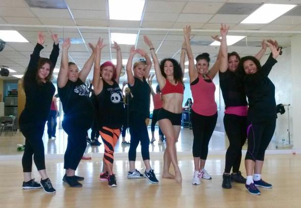 Boombafro Master Class por Maritza Rosales Bailarina Instructora Coreografa Creadora y Directora Profesional de este estilo de clase AfroCubano Latino Cardio Tonificacion Yoga Meditacion 040
