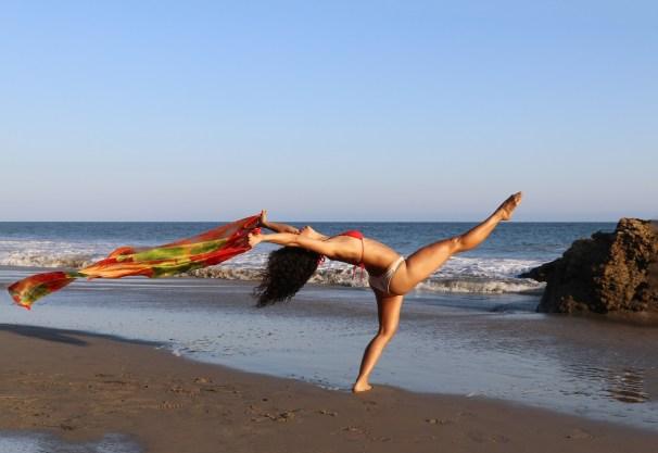 Maritza Rosales Bailraina Instructora Coreografa Profesional de Danza Moderna y Contemporaneo Tecnica Cubana 001