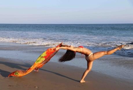 Maritza Rosales Bailraina Instructora Coreografa Profesional de Danza Moderna y Contemporaneo Tecnica Cubana 011