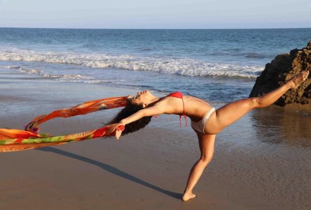 Maritza Rosales Bailraina Instructora Coreografa Profesional de Danza Moderna y Contemporaneo Tecnica Cubana 012