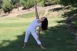 Yoga estiramiento reductiva meditacion relajacion posturas sanacion conexion cuerpo mente Instructora Maritza Rosales 029