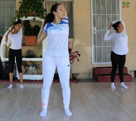clase privada de Yoga postura y meditacion instructora Maritza Rosales Bailarina Coreografa Fundadora y Directora de Oshun Wings Dance Art and Entertainment 007