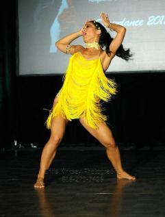 elegua diagonal de oshun coreografa maritza rosales fundadora directora de oshun wings dance art entertainment 04