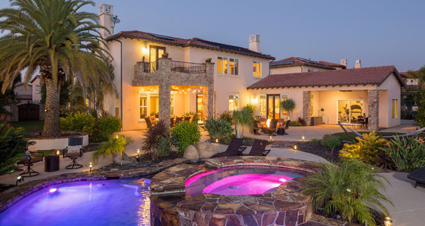Vista Resident Wins 15th Annual Dream House Raffle's Early