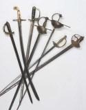 Colección de espadas, no Museo Arqueolóxico ourensán