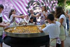 Os nenos do Barco aprenden a cociñar da man do CCA