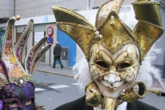 Baile de carnaval e karaoke infantil, no pavillón vello do Barco