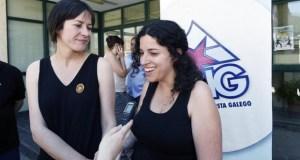 Noa Presas e Ana Pontón, de visita electoral na Rúa