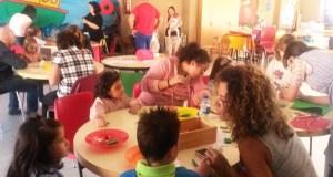 Xogando con materiais reciclados, na 4ª Semana da Lactancia Materna