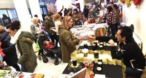 O I Mercadiño Navideño de Rubiá, un éxito de participación e público
