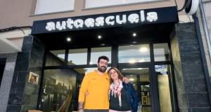 Autoescuela Valdeorras estrea instalacións na praza Maior do Barco