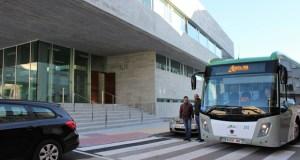 O centro de saúde da Valenzá estará comunicado por un autobús gratuito de xeito experimental