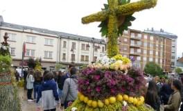 O Barco prepárase para celebrar a tradición dos Maios