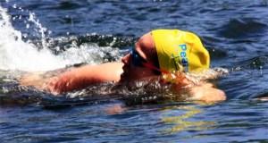 Uns 70 nadadores participarán este domingo na III Travesía a Nado Encoro Os Peares