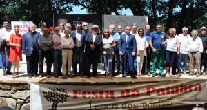 A Insua dos Poetas homenaxea a Carlos Casares