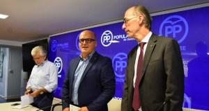 """Baltar pide aos populares ourensáns """"máxima atención"""" ás necesidades da veciñanza para futuras propostas de goberno"""