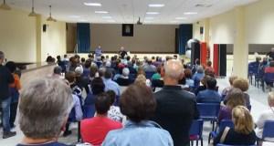 Unhas 150 persoas, na charla informativa da Plataforma Sanitaria en Vilamartín
