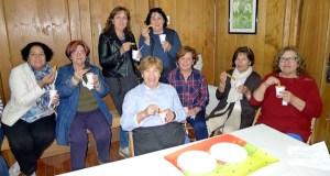 As amas de casa do Barco inauguran o curso cunha merenda