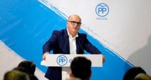 """Baltar (PP): """"Os gobernos nacen dos partidos, por iso é moi importante manter vivo o apoio das bases"""""""